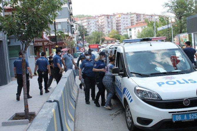 Başkent'te hırsızlık iddiasıyla yakalanan 5 kişi tutuklandı