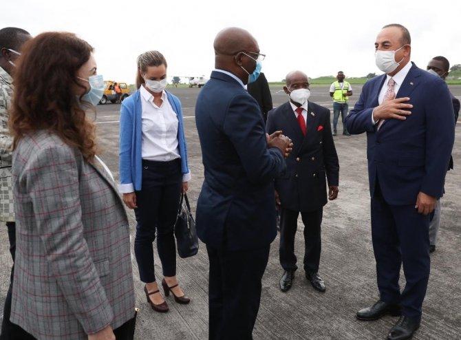 Dışişleri Bakanı Çavuşoğlu, Ekvator Ginesi'nde
