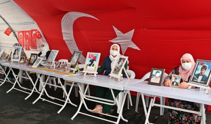 HDP önündeki eylemde 323'üncü gün; aile sayısı 140 oldu