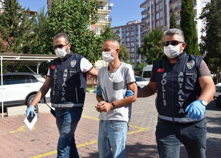 Annesini İstanbul'a taşınmadığı için öldürmüş