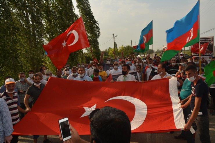 Iğdır'da sıcak havada Ermenistan protestosu