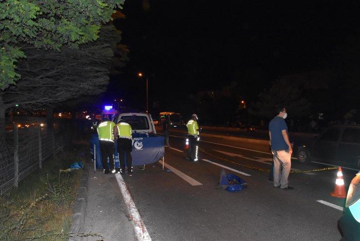 Hafif ticari aracın çarptığı çocuk öldü