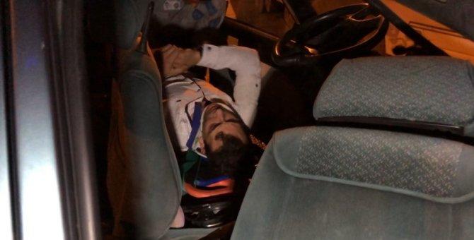 Hurdaya dönen otomobil içinde sıkışan sürücü güçlükle kurtarıldı