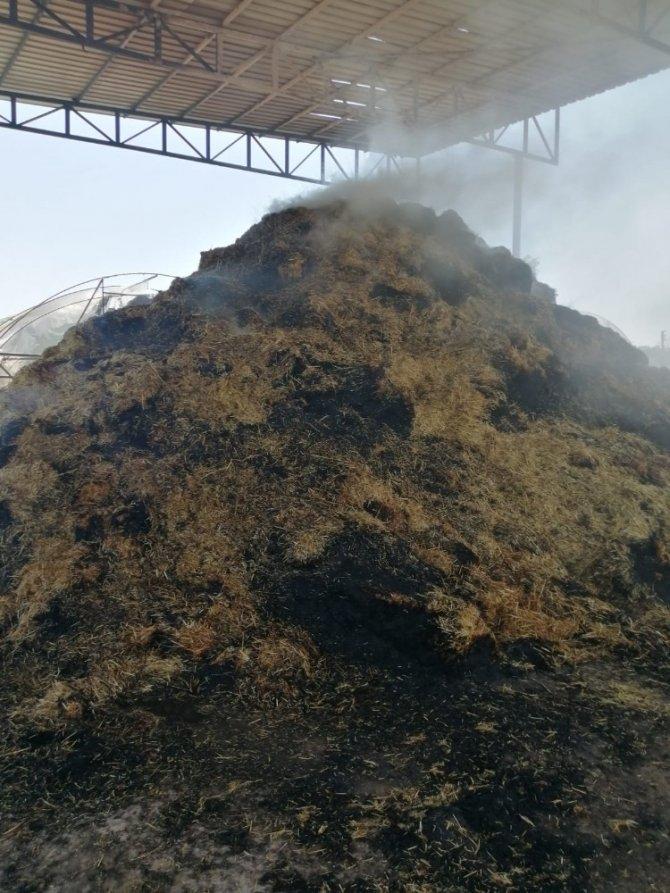 Kaynak makinesi 20 ton samanı küle çevirdi