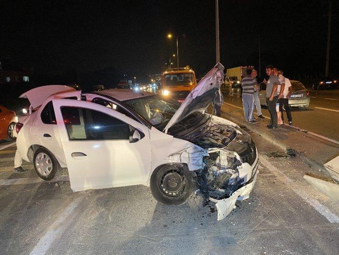 Düzce'de zincirleme trafik kazası: 4'ü çocuk 1'i hamile toplam 7 yaralı