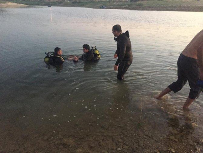 Malatya'da serinlemek için gölete giren genç boğuldu