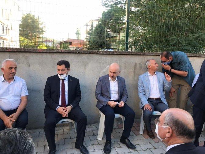 Bakan Karaismailoğlu Taşova'yı ziyaret etti