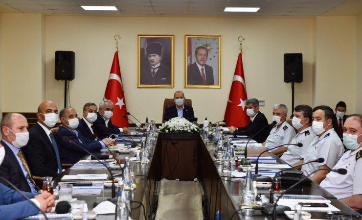Bakan Soylu, Mersin'de güvenlik toplantısına katıldı