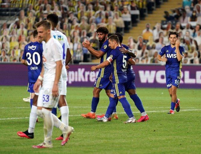 Fenerbahçe: 1 - Çaykur Rizespor: 0  (İlk yarı sonucu)