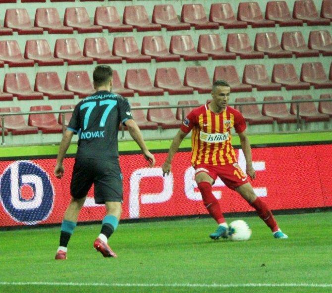 Kayserispor: 0 - Trabzonspor: (İlk yarı sonucu)