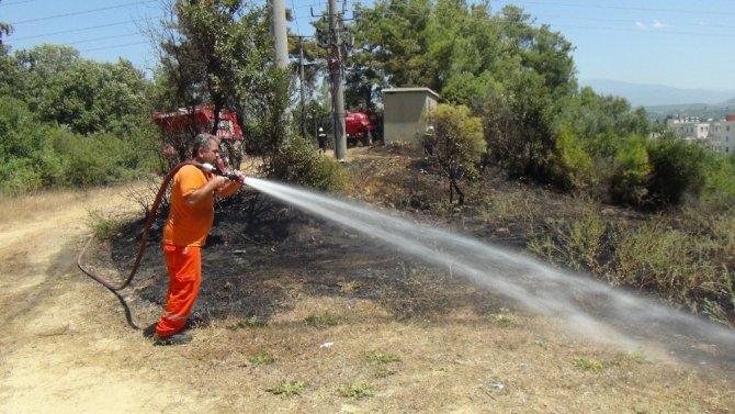 Sıcak sebebiyle aşırı yüklenen trafo yangına sebep oldu