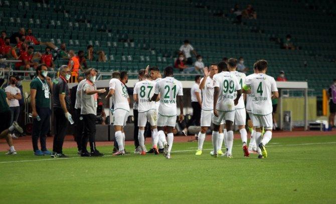 Süper Lig: Konyaspor: 2 - Aytemiz Alanyaspor: 0 (İlk yarı)