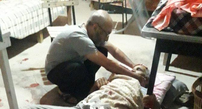 Tüfekle bacağından vurulan yaşlı adam hayatını kaybetti