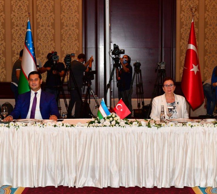 Bakan Pekcan: Türkiye, OECD ve G20 ülkeleri arasında en hızlı büyüyen ülke konumundadır