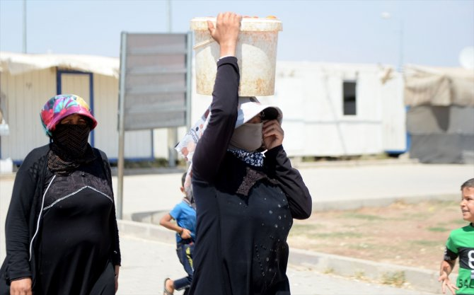Suriyeliler bir bayrama daha buruk giriyor