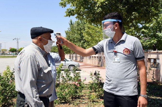 Konya'da kurbanlık satışları güvenle yapılıyor