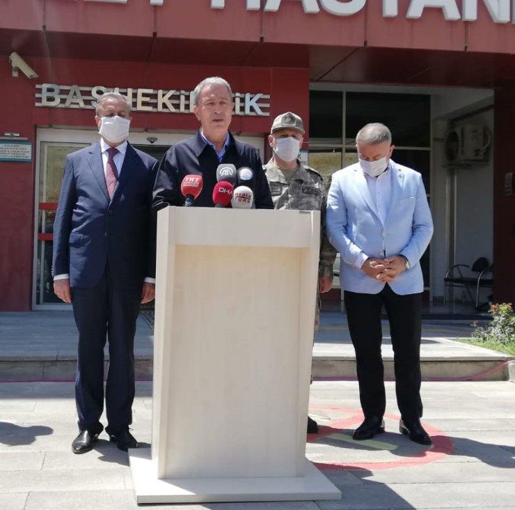 Mersin'de otobüs devrildi: 2 şoför ile 4 asker şehit (5)
