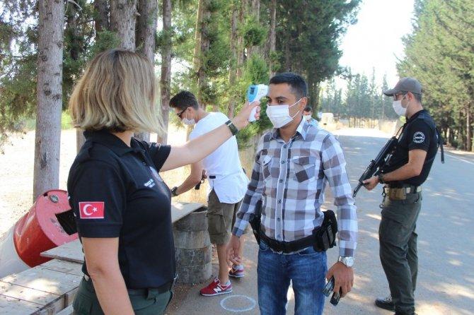 Antalya polisi pandemi döneminde ara verdiği atış eğitimlerine hızlı başladı