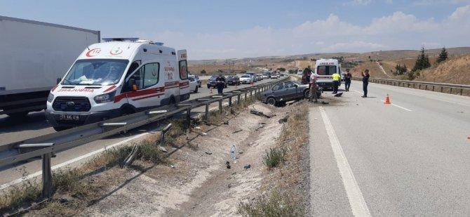 Kırıkkale'de trafik kazası, 4 yaralı