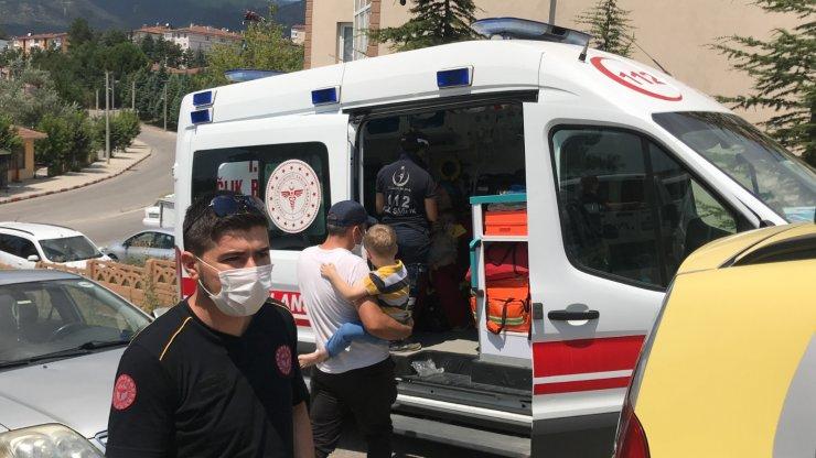 Yangında dumandan etkilenen 7 kişi hastaneye kaldırıldı