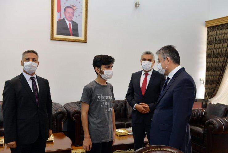 YKS Türkiye birincisi: Başarıyı disiplinli çalışmakla elde ettim