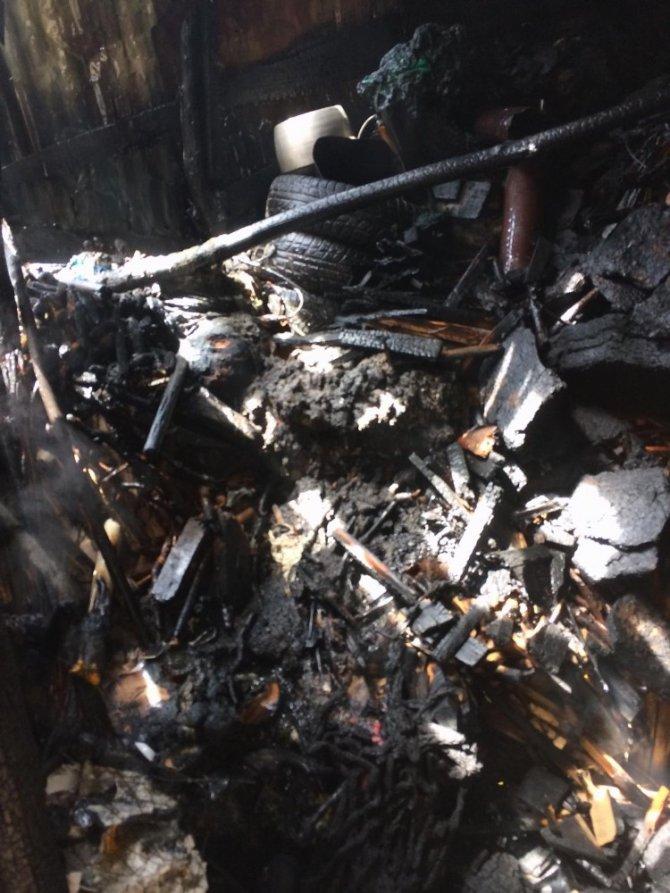 Yüksekova'da korkutan yangın