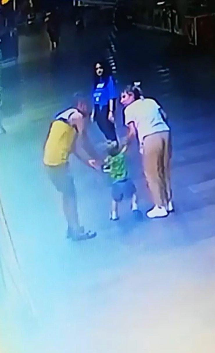 2,5 yaşındaki çocuğu kaçırmaya çalıştığı iddia edilen şüpheli yakalandı