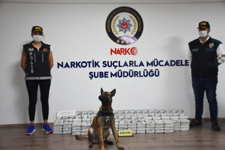 Akrep logolu paketlerde 195 kilo eroin ele geçirildi