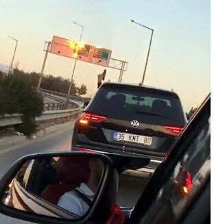 Trafikte aracından havaya ateş açan sürücüye tepki