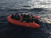 Yunanistan'ın ölüme terk ettiği göçmenleri Sahil Güvenlik kurtardı