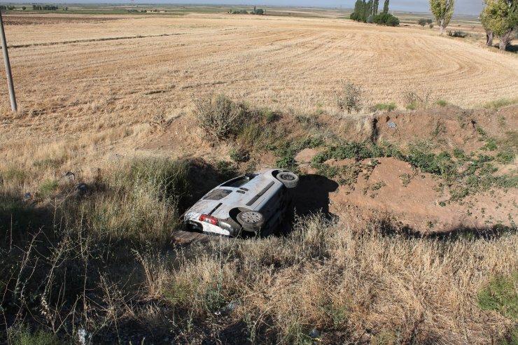 Bayram tatiline giden aile kaza yaptı: 5'i çocuk 8 yaralı