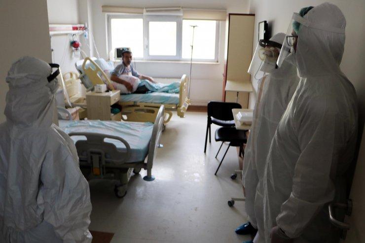 Val'den açıklama: Günlük koronavirüs vaka sayısı 200'e kadar çıktı