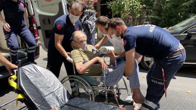 Yangından bir bebek bir yaşlı vatandaş son anda kurtarıldı