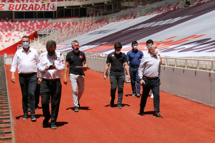 Sivas 4 Eylül Stadı'na UEFA incelemesi