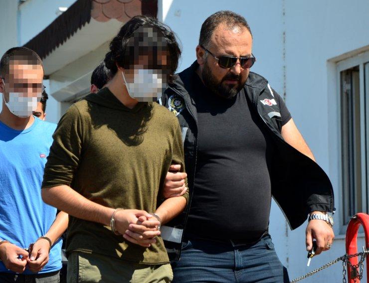FETÖ operasyonunda gözaltına alınan 25 şüpheliden biri yüzbaşı çıktı