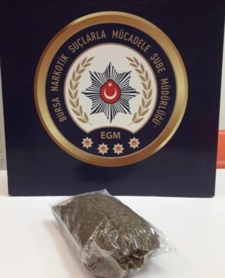 Bursa'da uyuşturucu tacirlerine operasyon; 4 tutuklama