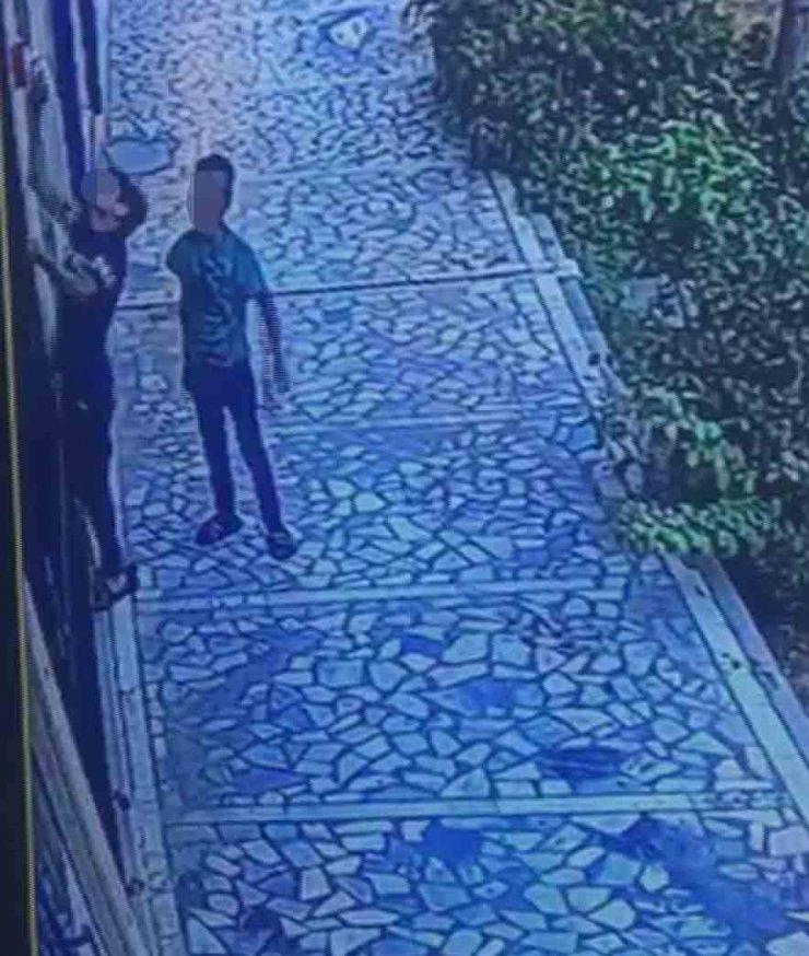 Konya'da 3 çocuk, çaldıkları güvenlik kamerasına yansıdı
