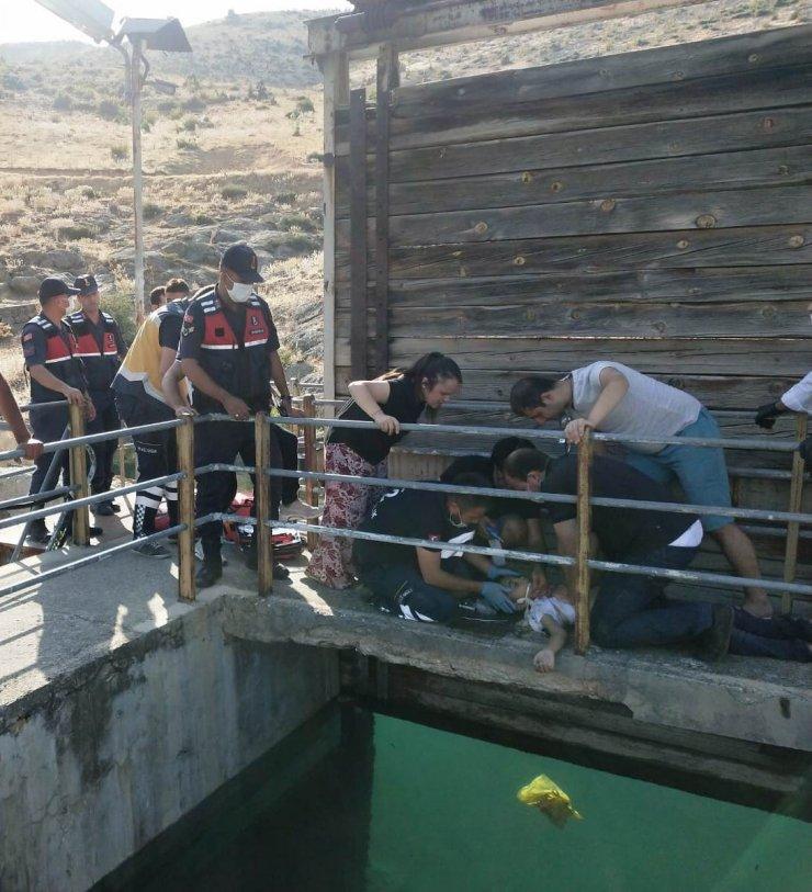 Su kanalına düşen Bilal Taha'nın duran kalbi, yeniden çalıştırıldı