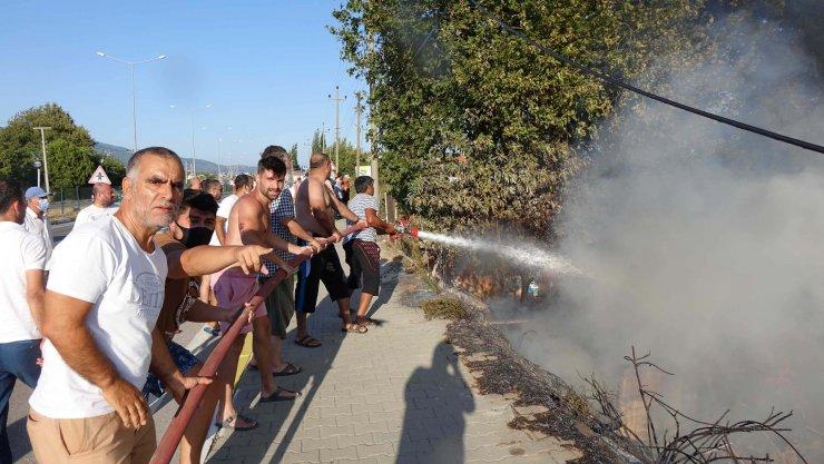 Balıkesir'de korkutan yangın