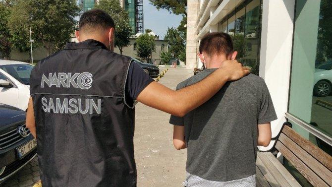 Uyuşturucu paketleriyle yakalanan şahıs tutuklandı