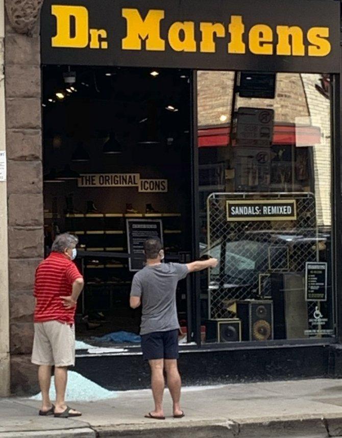 ABD'de lüks mağazalar yağmalandı: 100'den fazla kişiye gözaltı