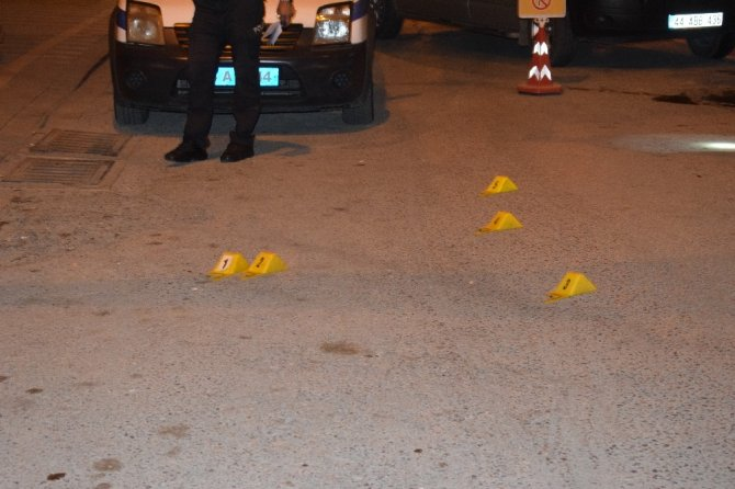 Malatya'da taksi durağına silahlı saldırı: 1 yaralı
