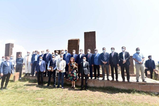Bilal Erdoğan, Malazgirt Zaferi etkinlikleri öncesi Ahlat'ta