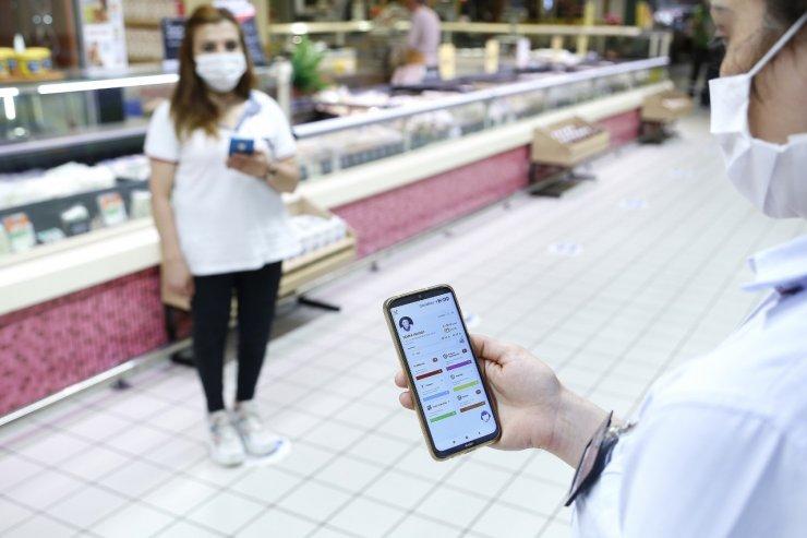 'C Mobil' uygulaması 11 bin çalışanı salgına karşı takip ediyor