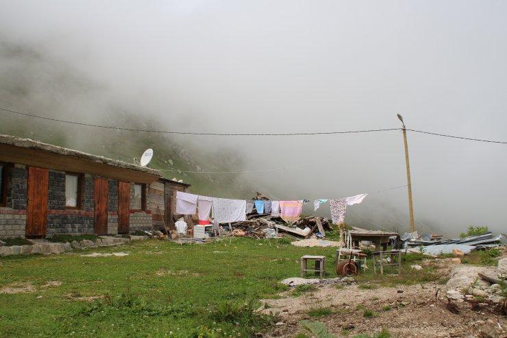 Pandemiden kaçanlar Kavrun Yaylası'na akın ediyor