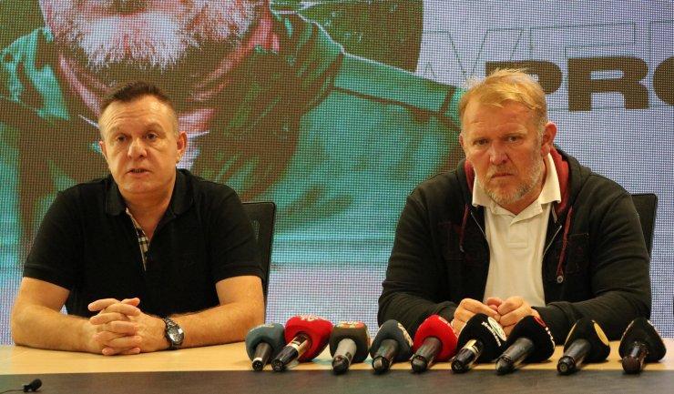 Denizlispor'da Prosinecki imzaladı