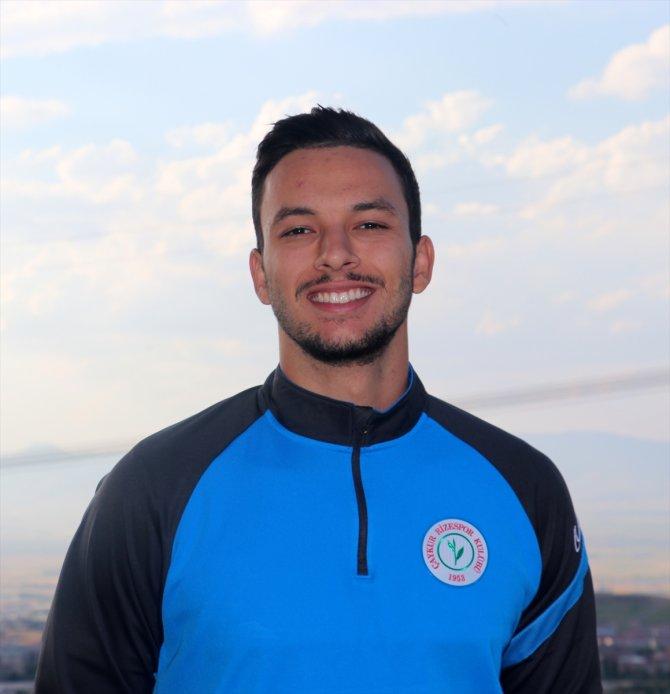 """Çaykur Rizesporlu Montassar Talbi: """"Çok takımlı Süper Lig, futbolu sevenler için iyi olacak"""""""