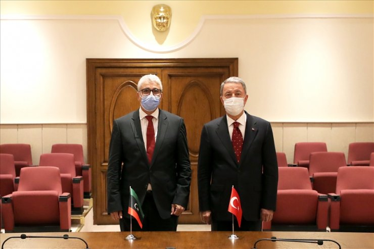 Bakan Akar, Libya İçişleri Bakanı Başağa ile görüştü