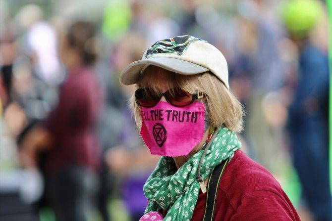 Londra'da 90 çevreci protestocu gözaltına alındı