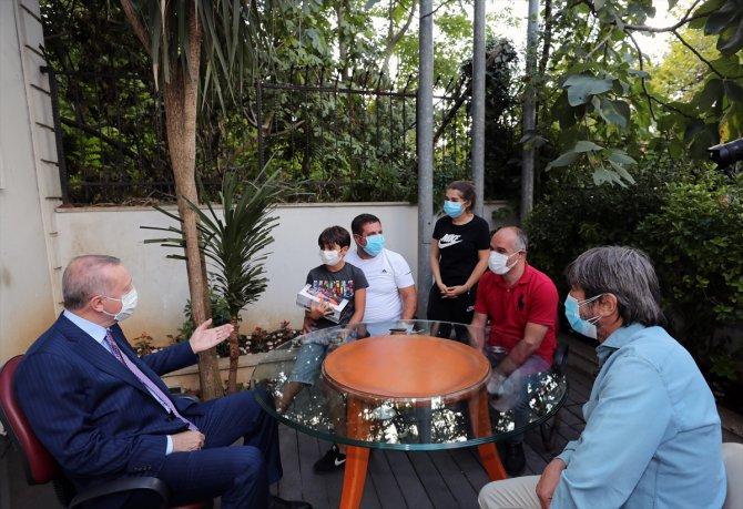 Cumhurbaşkanı Erdoğan, Yeşilyurt ailesinin evine konuk oldu